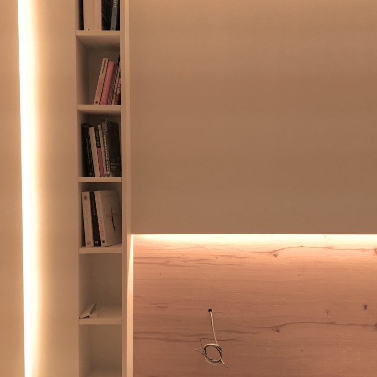 9. interiorisme_mobiliari_fusteria_il.luminació