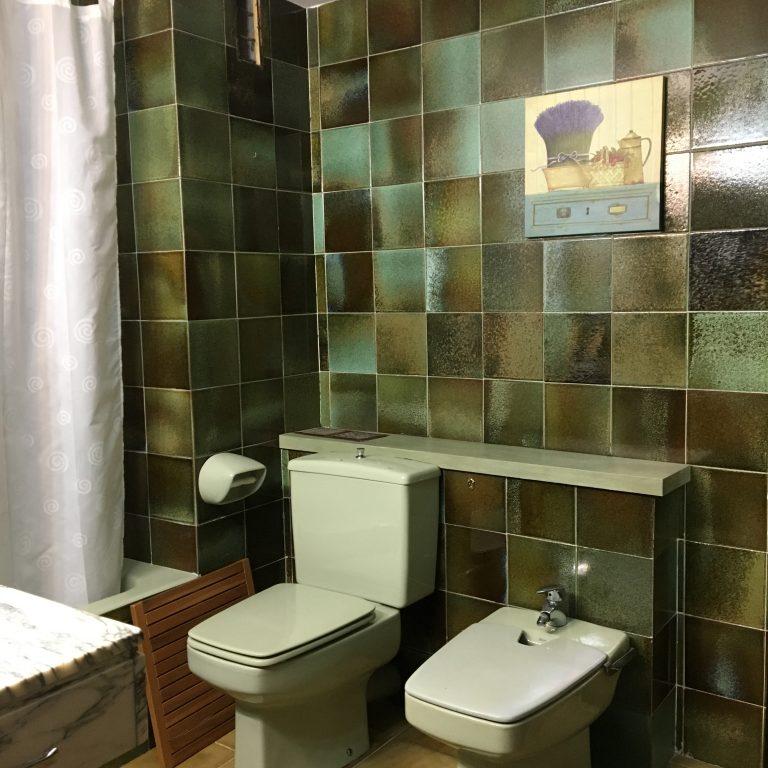 7. interiorismo_baños_lavamanos_microcemento_idealwork_antes_despues